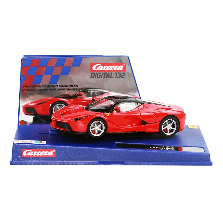 La Ferrari rot