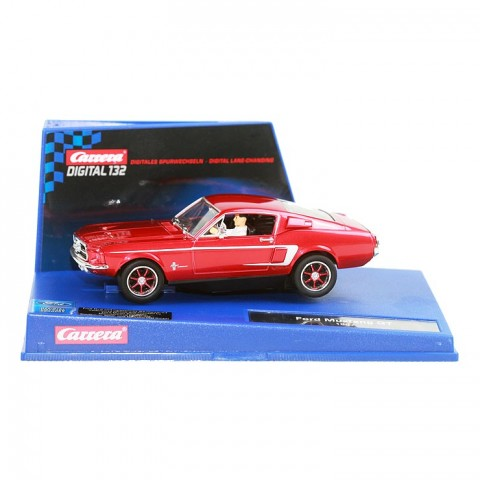 Ford Mustang 67 rot